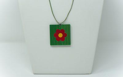 Kette Petite fleur (grün – rot – gelb)