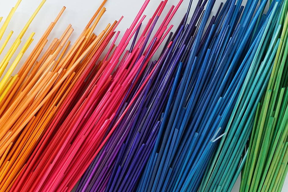 Roggenstroh gefärbt für Strohmarketerie