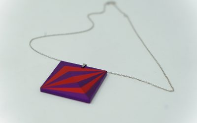 Kette Illusion (rot violett)